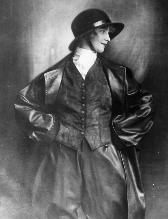 . 1923:  A leather and suede waterproof riding suit.  (Photo by General Photographic Agency/Getty Images)