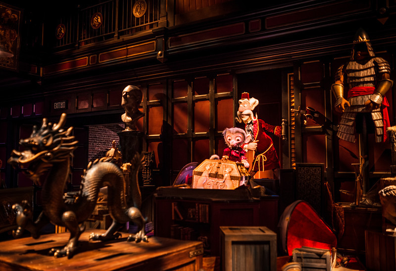 mystic-manor-dark-ride-006.jpg