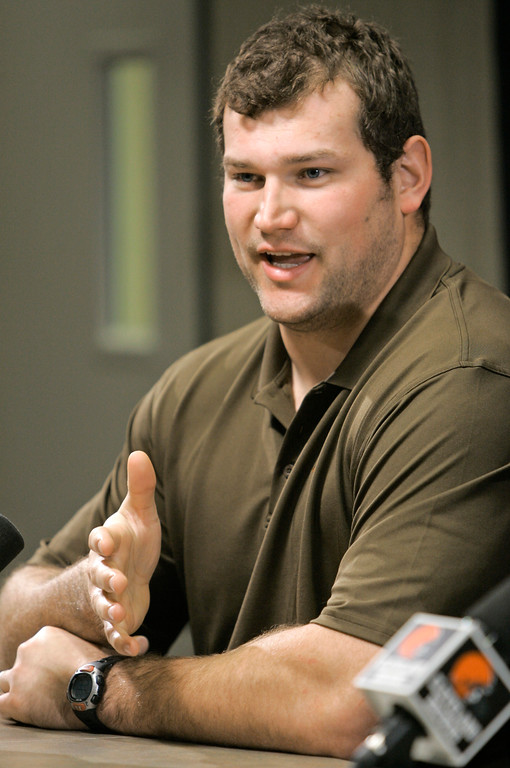 . Cleveland Browns\' Joe Thomas answers questions during a news conference Monday, Dec. 29, 2008, in Cleveland.  Following a 4-12 season that began with Cleveland pegged as one of the NFL\'s rising teams, the Browns fired coach Romeo Crennel on Monday. The ouster came one day after general manager Phil Savage was dismissed by owner Randy Lerner. (AP Photo/Tony Dejak)