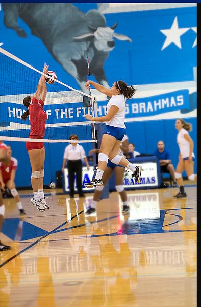 8 11 2014 Mac vs Taft game 1 Volleyball