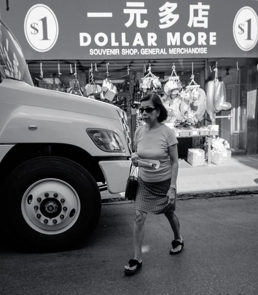 One dollar shop