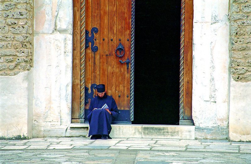 Priest_Serbia.jpg