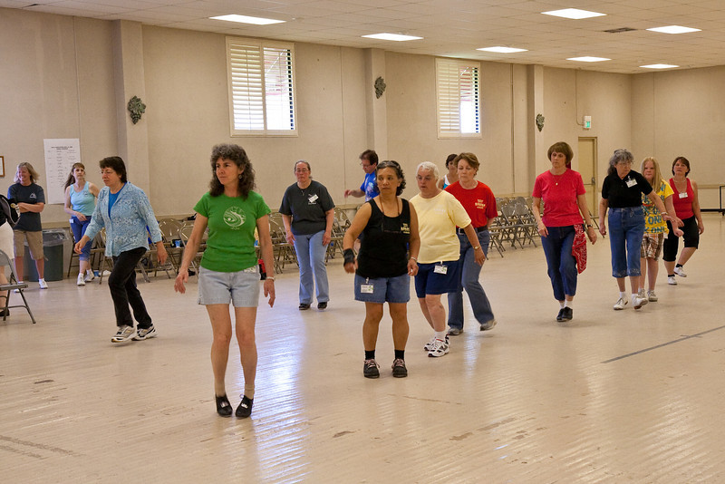 6031 dancers med.jpg