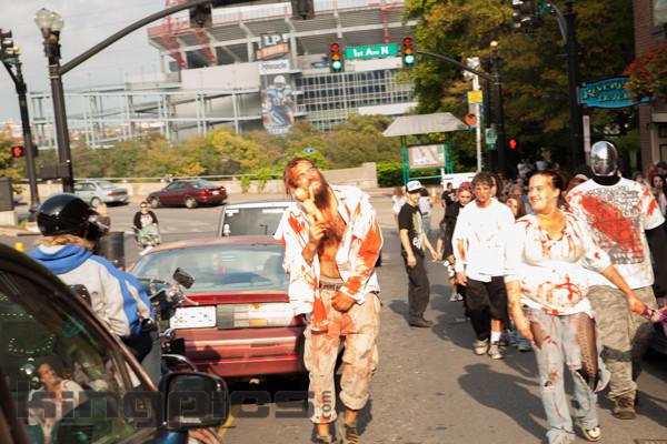 ZombieWalk2012131012049.jpg