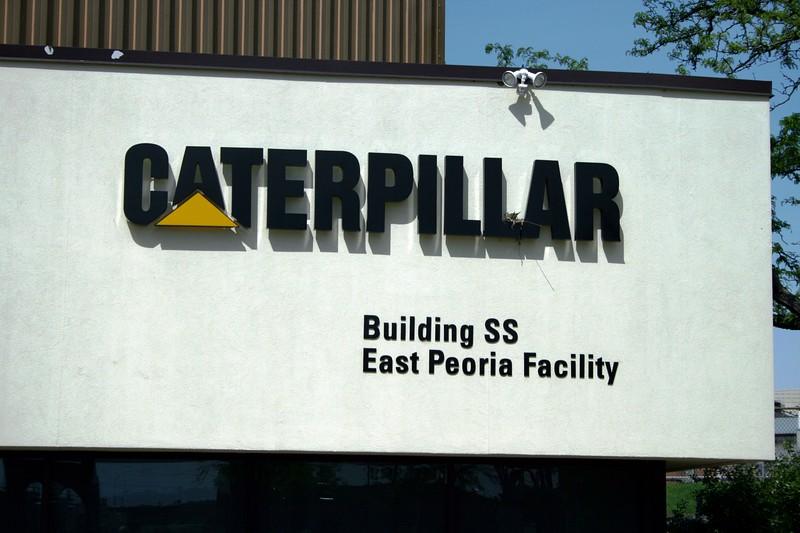 CATERPILLAR - EAST PEORIA BUILDING SIGN.jpg