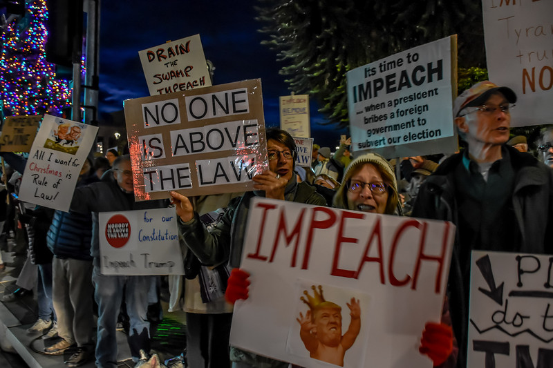 Impeachment eve-Bill Clark-26.jpg