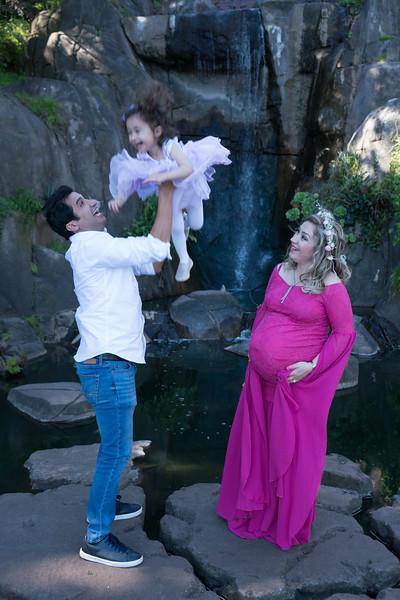 Maternity -08670.jpg