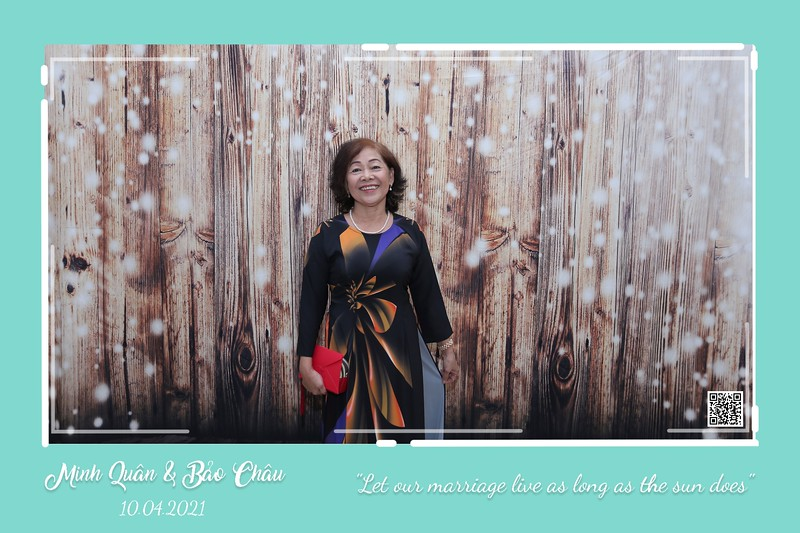QC-wedding-instant-print-photobooth-Chup-hinh-lay-lien-in-anh-lay-ngay-Tiec-cuoi-WefieBox-Photobooth-Vietnam-cho-thue-photo-booth-018.jpg