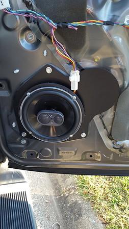 2006 Toyota Sequoia Front Door Speaker Installation - USA