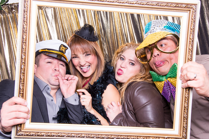 photo booth by Click Happy Productions-101.jpg