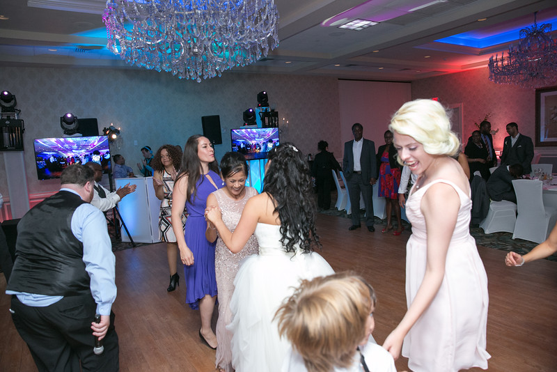 33_speeches_ReadyToGoPRODUCTIONS.com_New York_New Jersey_Wedding_Photographer_J+P (1116).jpg