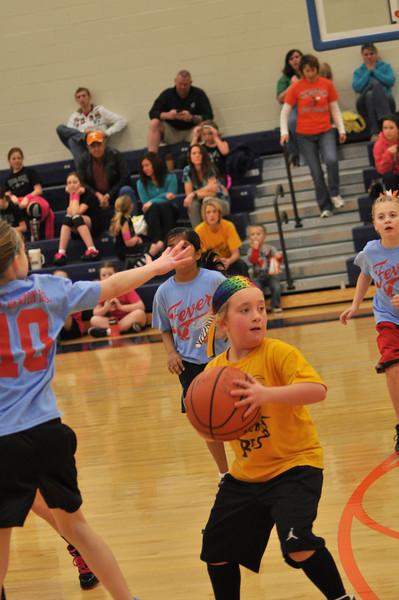 koc-basketball-bees-0018-2331109302-O.jpg