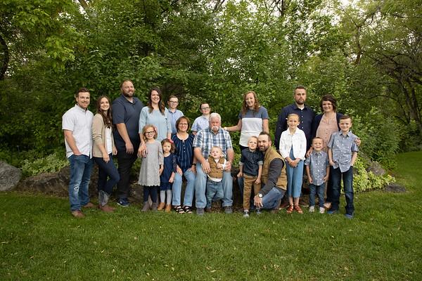 Mika Exstended Family Spring 2020
