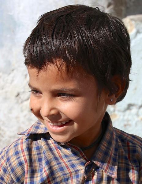 Infectious smiles of Barli