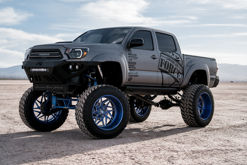 @T_harper96 @Vengeance_tacoma 2005-15 Toyota Tacoma featuring our New 2019 Concave 24x14 Lollipop Blue #GENESIS wrapped in 40x1550x24 @NittoTire-17.jpg