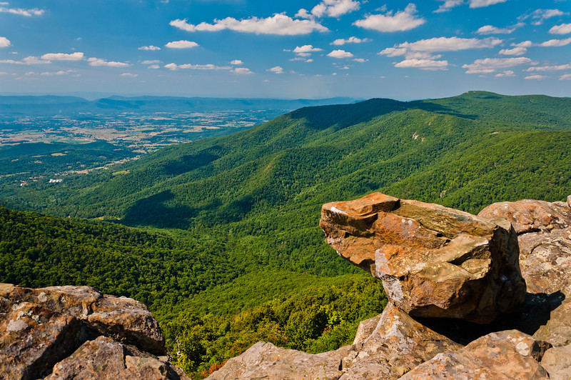 View from Cliffs on Hawksbill mountain, Shenandoah National Park, Virginia
