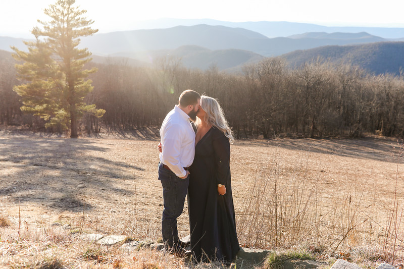 20200222-Lauren & Clay Engaged-150.jpg