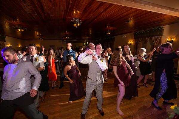 10SL General Reception | Dancing