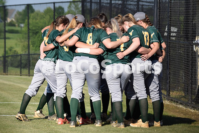 Softball: Woodgrove 4, Loudoun Valley 0 by Lorallye Partlow on May 25, 2018