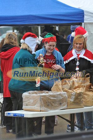 Post Race/Awards - 2012 Shelby Twp. Jingle Bell Run