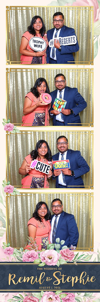 Alsolutely Fabulous Photo Booth 033334.jpg