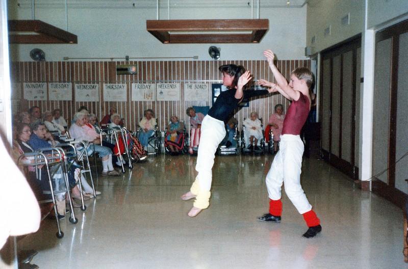 Dance_1951_a.jpg