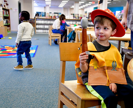 2/2/2019 Mike Orazzi | Staff Mark Hazleton,4, while at the Bristol Public Library on Saturday.