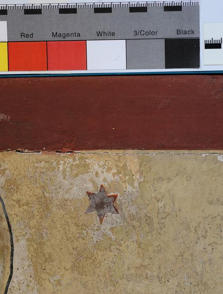 Vorzustand: Anna Altar, Predella, Rückseite, auffallende Retuschen/Übermalungen (gelb) AAF_0997_27-10-2011