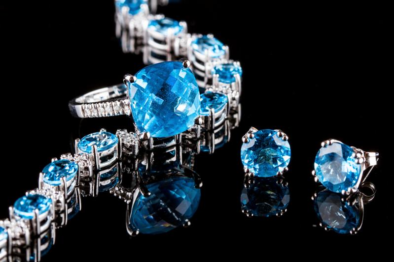 """Diamonds & Topaz"", Spec Reel"