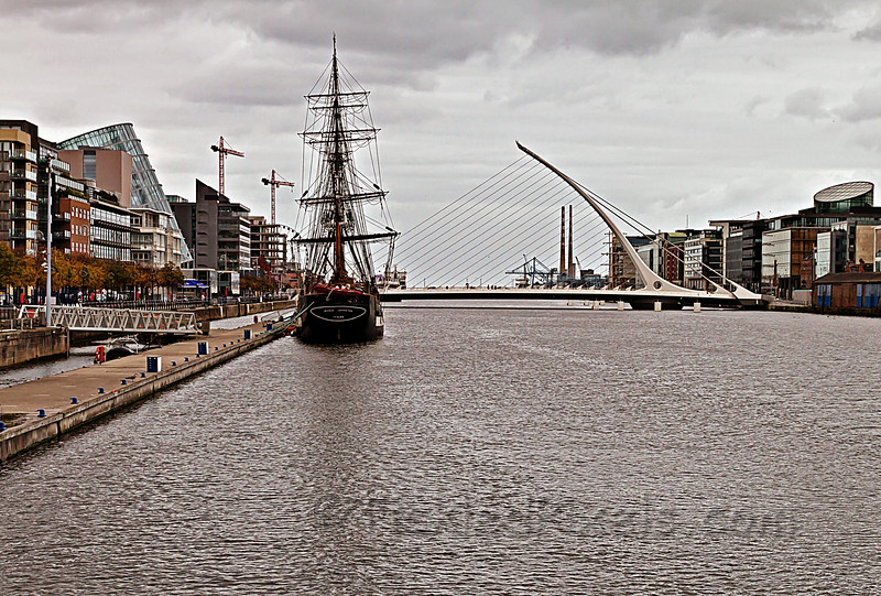 Samuel Beckett Bridge and The Ship Jeanie Johnston