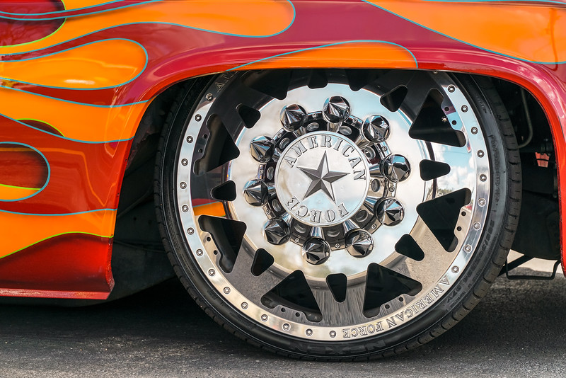 @CassidyCustoms 1988 Chevrolet Silverado C30 24x 8.5 & 24x15 STARS-20190128-15.jpg
