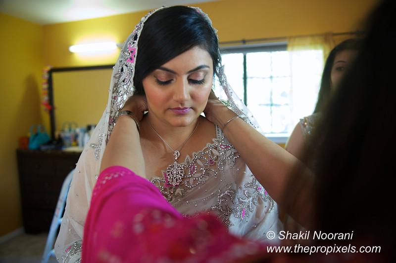 Naziya-Wedding-2013-06-08-01749.JPG