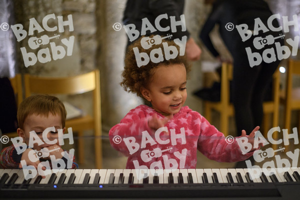 ©Bach to Baby 2017_Stuart Castle_Rochester Cathedral_2017-12-19-40.jpg