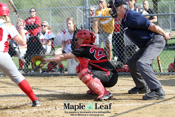 Chardon v Mentor softball