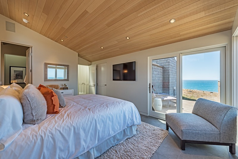 Guest Room with Private Deck & Ocean Views