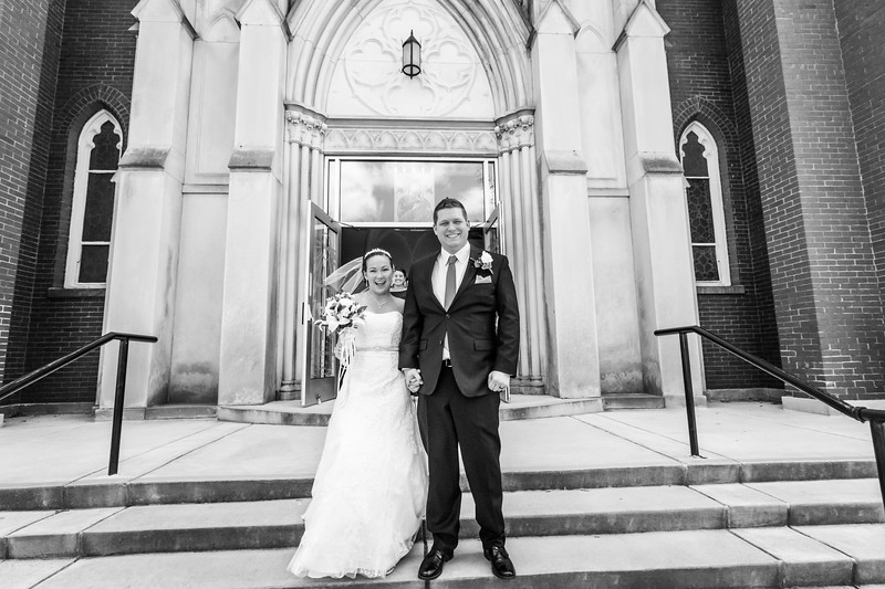 Jennie & EJ Wedding_00312-BW.jpg