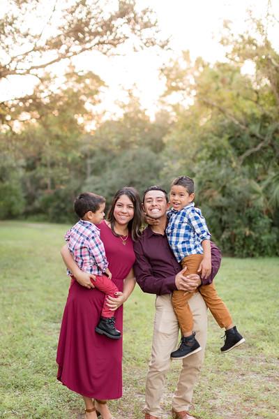 Ariza Family 2020-42.jpg