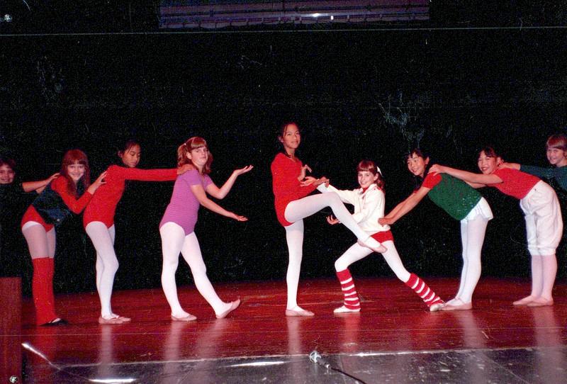 Dance_2595_a.jpg