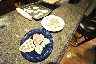 29283E Gordon Gee Valentines Cookies 2014
