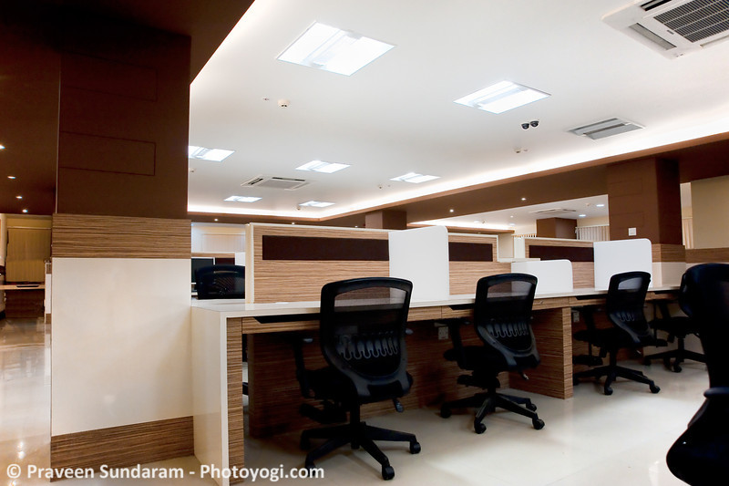 workstations-with-cfl2.jpg