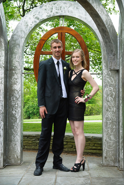 Maumee Valley Prom, 12-May-2012; photos at Toledo Botanical Garden Filename: TOP_2214