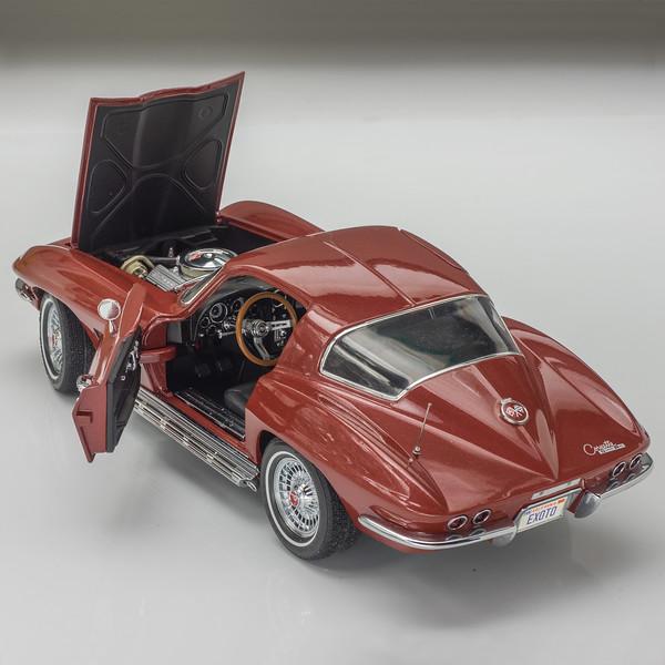 Motorbox-67-Corvette-10.jpg