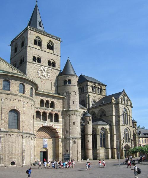 Trier 22 Dom Liebfrauen kirche.jpg