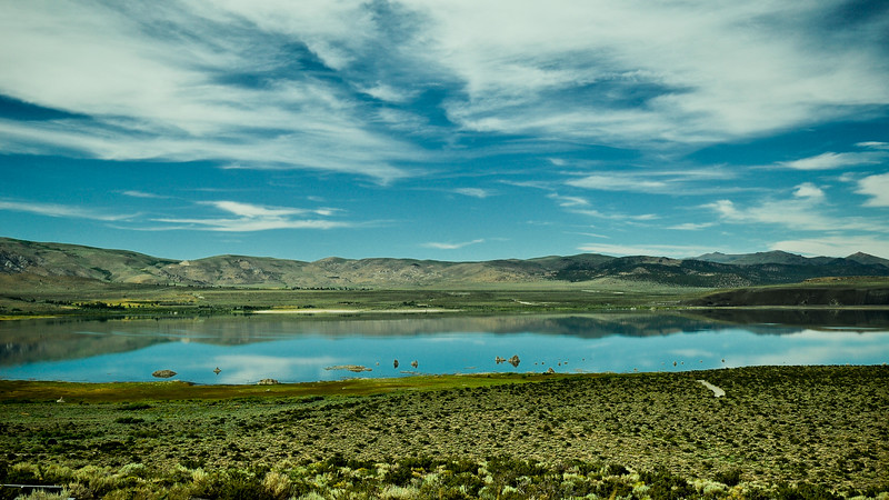 Mono Lake - North Shore 1.jpg