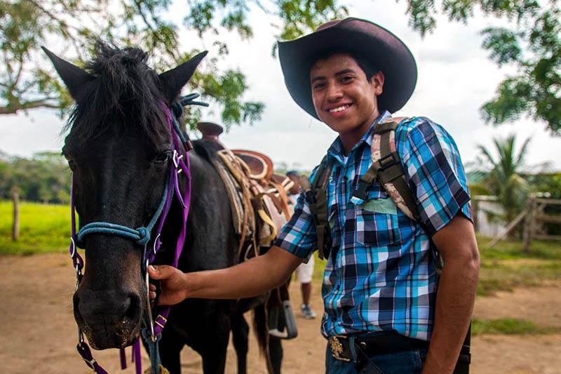 Xunantunich-Belize-horesback-riding-3.jpg