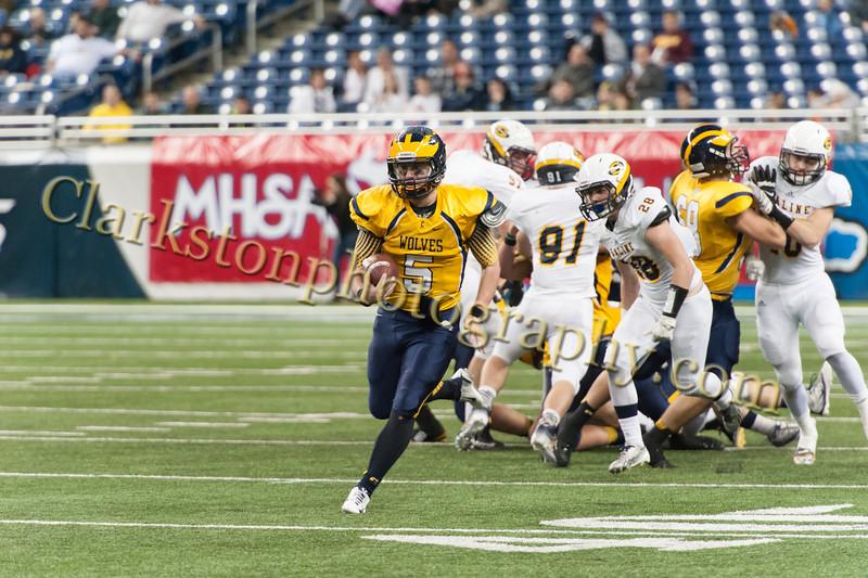 2014 Clarkston Varsity Football vs. Saline 554.jpg