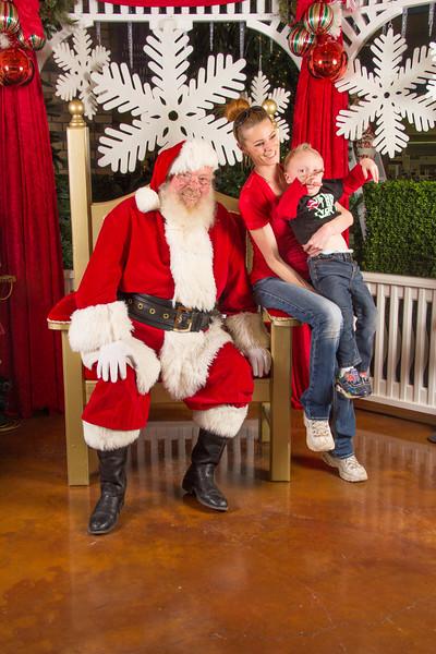 Santa 12-16-17-330.jpg