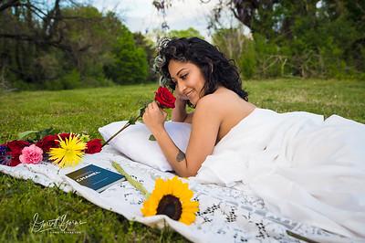 20210413 Vanessa Bed Flowers Ed Logo