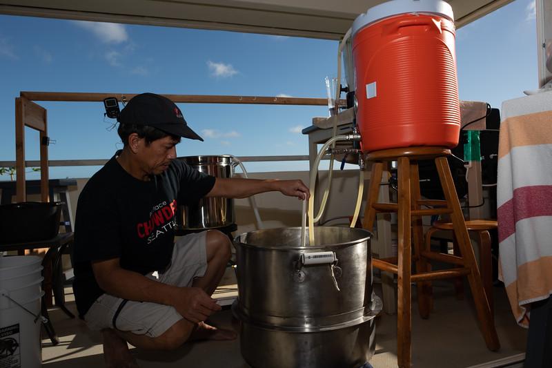 Hawaii - Brewing Beer-71.jpg