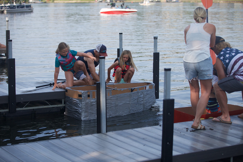 Cardboard Boats 9.jpg